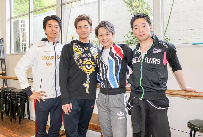 左から池田武志(黒の勇者)、林田翔平(白の勇者)、加藤大和(白の勇者)、高谷遼(黒の勇者)
