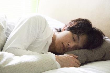 中村倫也、1人7役での主演に「あまり類を観ない邦画になる」 映画『水曜日が消えた』が2020年に公開へ