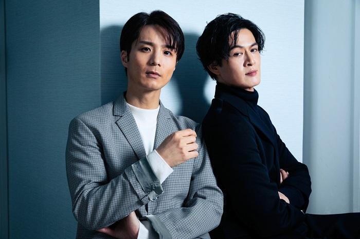 (左から)田代万里生、新納慎也