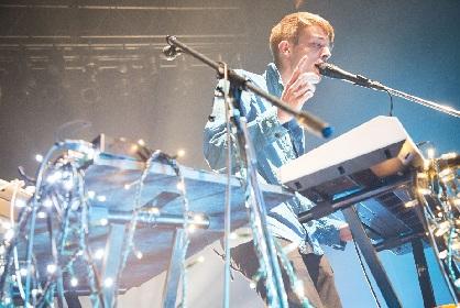 ニック・ムーン、アジカンのオープニングアクトとしてまわる全国ツアーがスタート フジロックにも出演