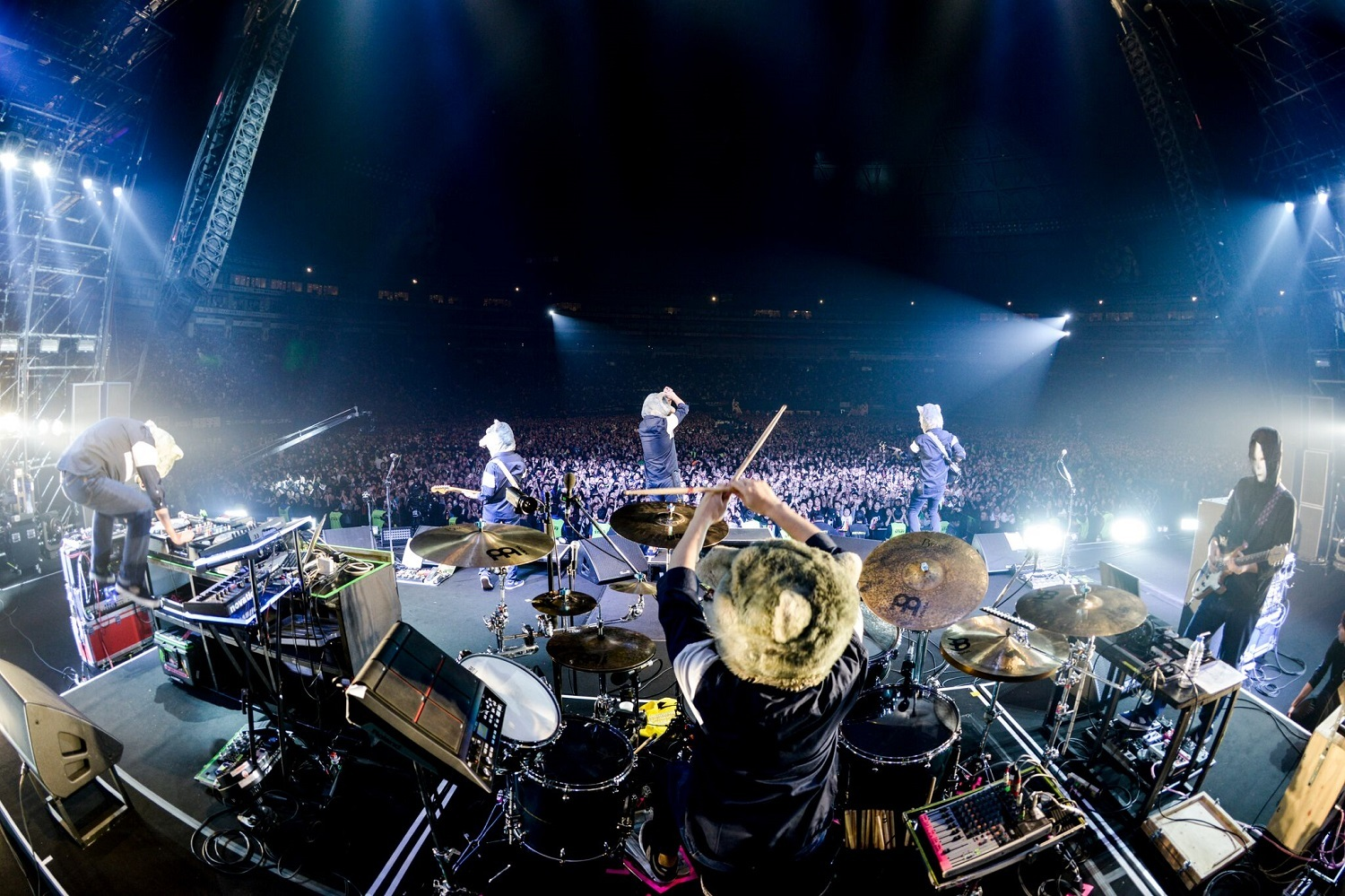 MAN WITH A MISSION photo by 瀧本JON...行秀