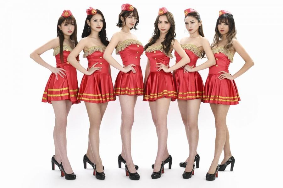 新Krush GIRLSに選ばれた(左から)市川莉乃/チャナナ沙梨奈/佐野マリア/キャシー凛/小林愛梨/犬嶋英沙
