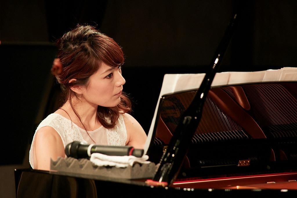 須藤千晴(ピアノ)