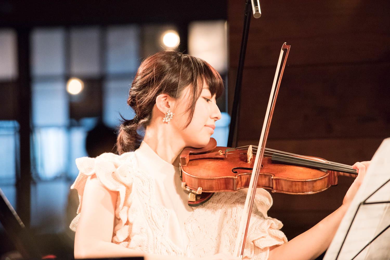 松田理奈(ヴァイオリン) (撮影=原地達浩)