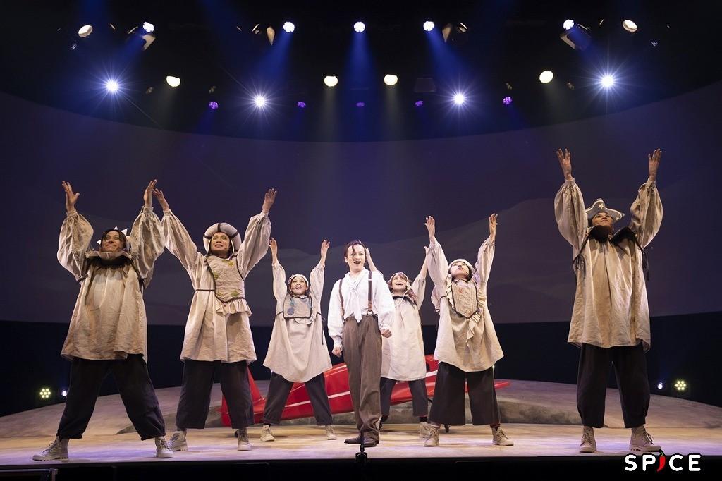 「演劇の毛利さん –The Entertainment Thater 音楽劇『星の飛行士』」 撮影=金山フヒト