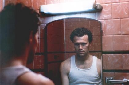 300人以上を殺害した連続殺人鬼を『ガーディアンズ・オブ・ギャラクシー』の俳優が怪演 映画『ヘンリー』が特別再上映へ