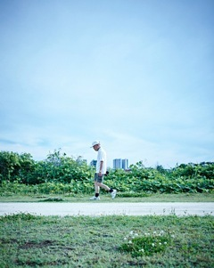 行竹 亮太「Shoot(human)」:2016 年、発色現像方式 、400×320mm