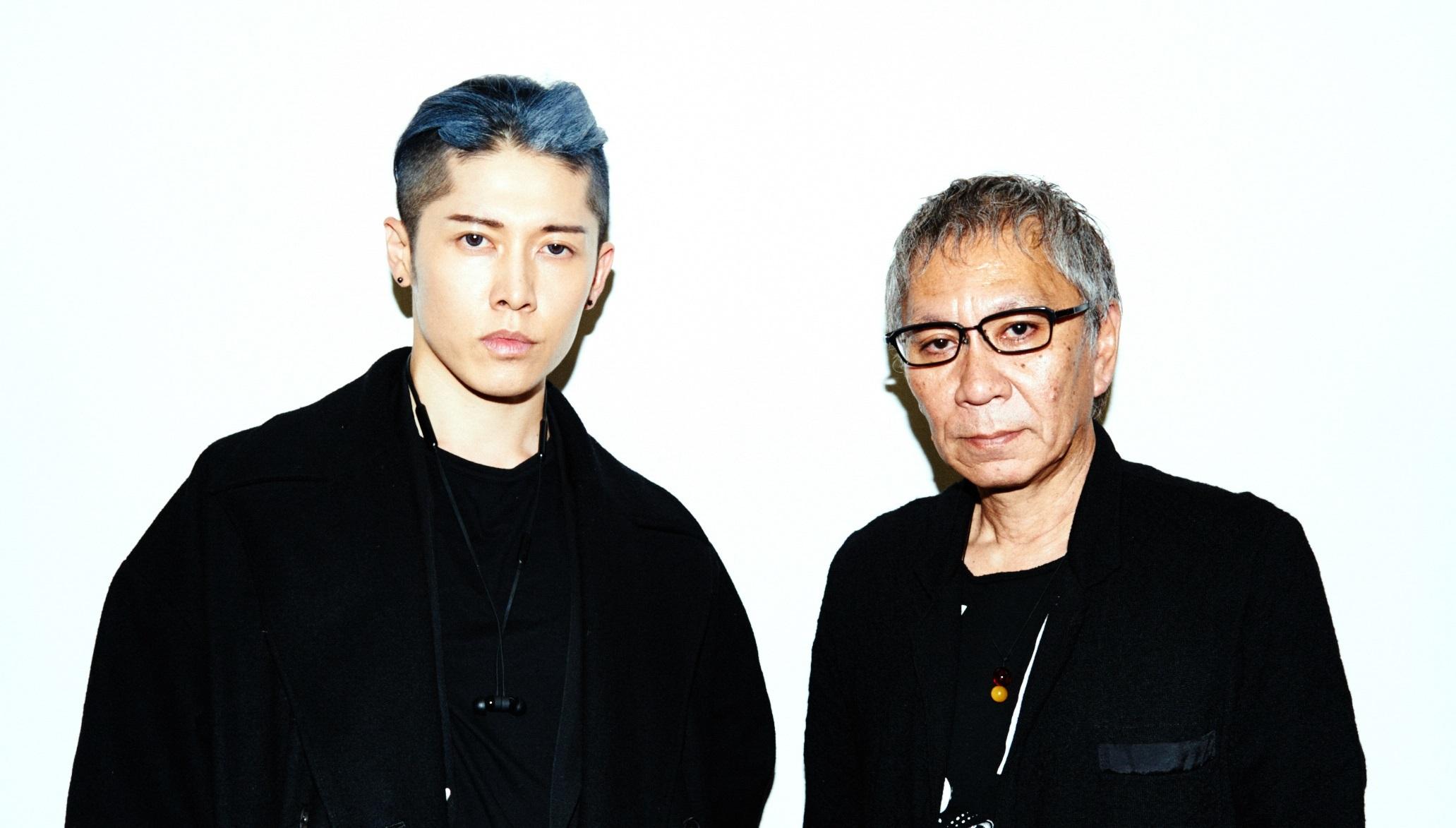 左から、MIYAVI、三池崇史監督 撮影=長井太一