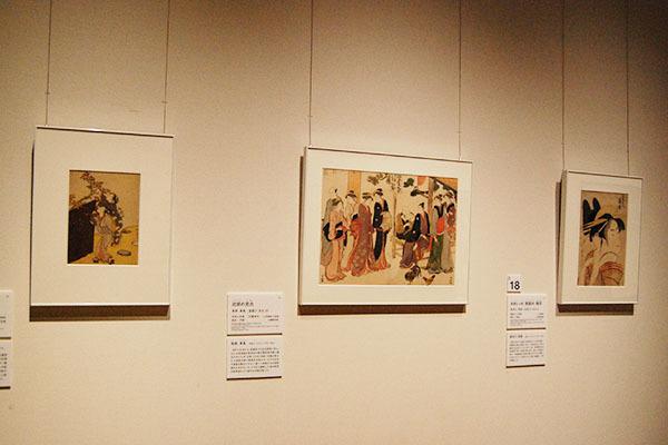 左が鈴木春信《柿の実とり》1967-68(明和4-5)年頃