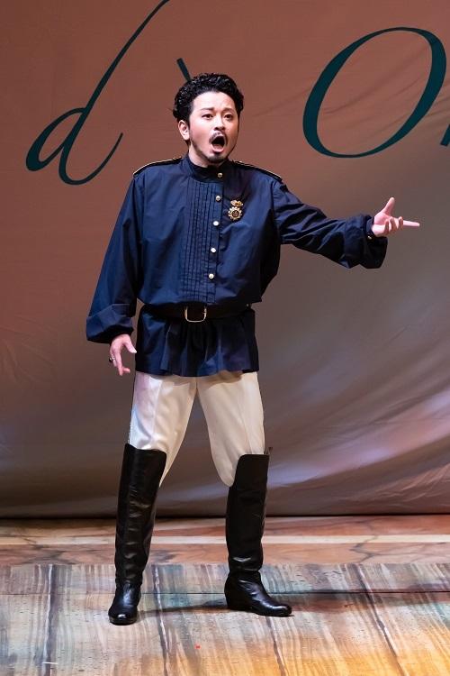 藤原歌劇団公演『ランスへの旅』(2019年)リーベンスコフ伯爵  写真提供:公益財団法人日本オペラ振興会
