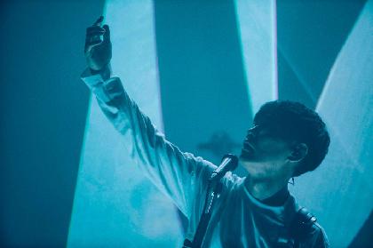 サカナクション、ライブBD/DVD『SAKANAQUARIUM 光 ONLINE』より「ワンダーランド」映像をYouTubeでフル公開