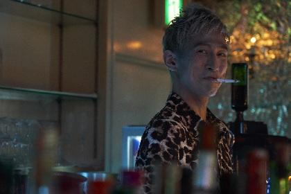 村上虹郎の感情の流れを読みとり、年齢不詳感を醸し出す 俳優・成河の魅力を『チワワちゃん』監督が語る