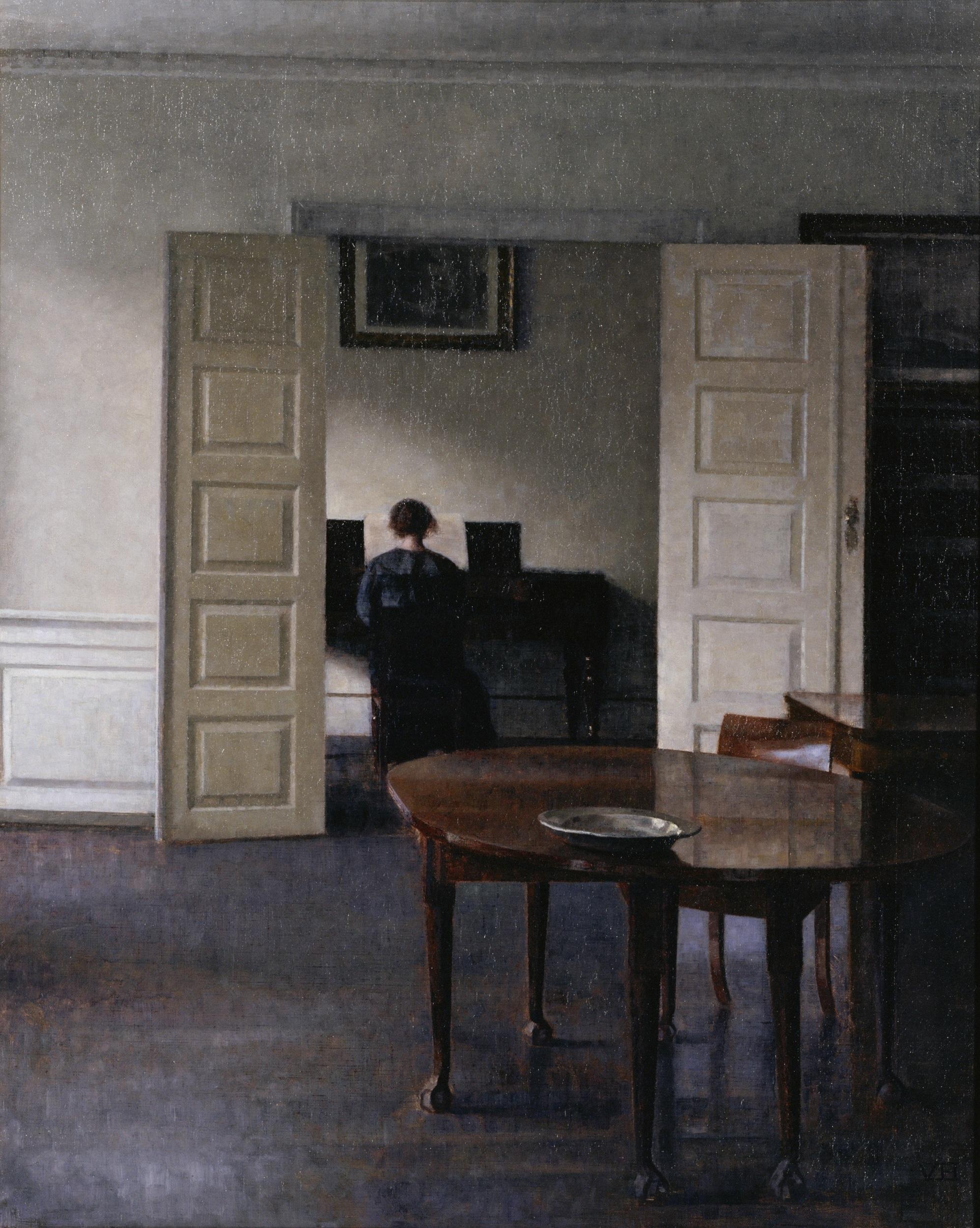 ヴィルヘルム・ハマスホイ 《ピアノを弾く妻イーダのいる室内》 1910年 国立西洋美術館蔵 〔東京展のみ出品〕