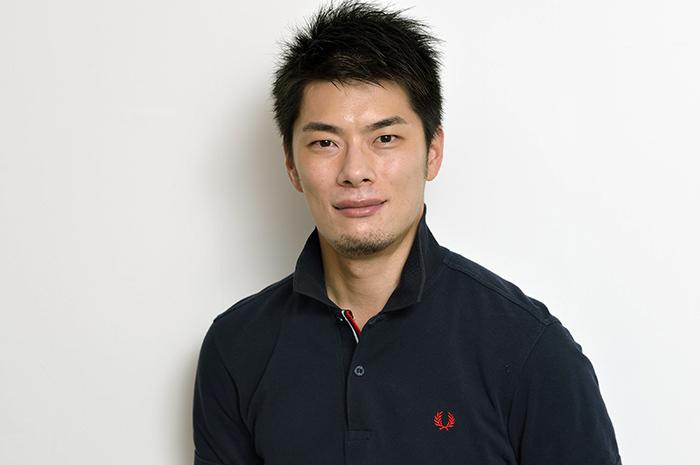 外山啓介(撮影:荒川潤)