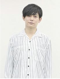 神楽坂四季役:榊原徹士