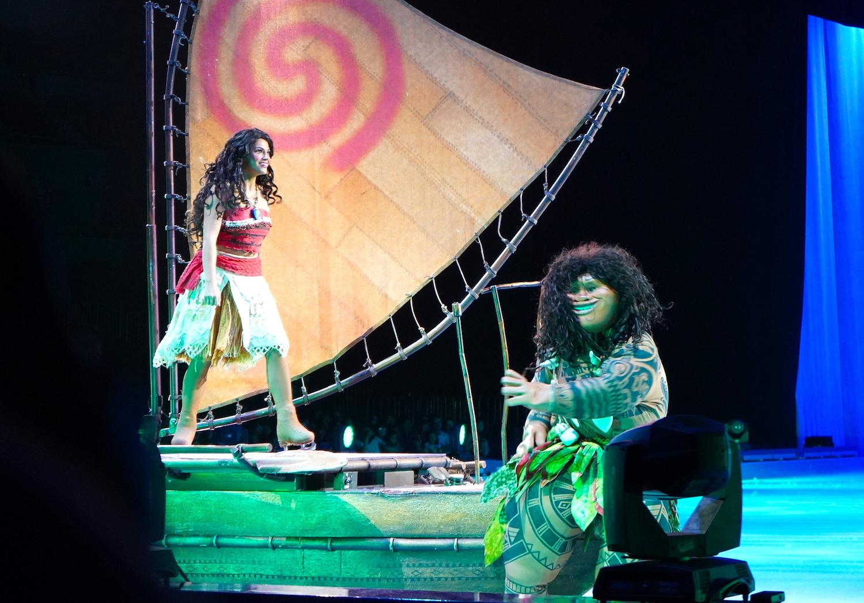 モアナとマウイが船に乗って向かう先は…