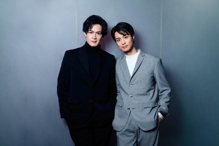 (左から)新納慎也、田代万里生