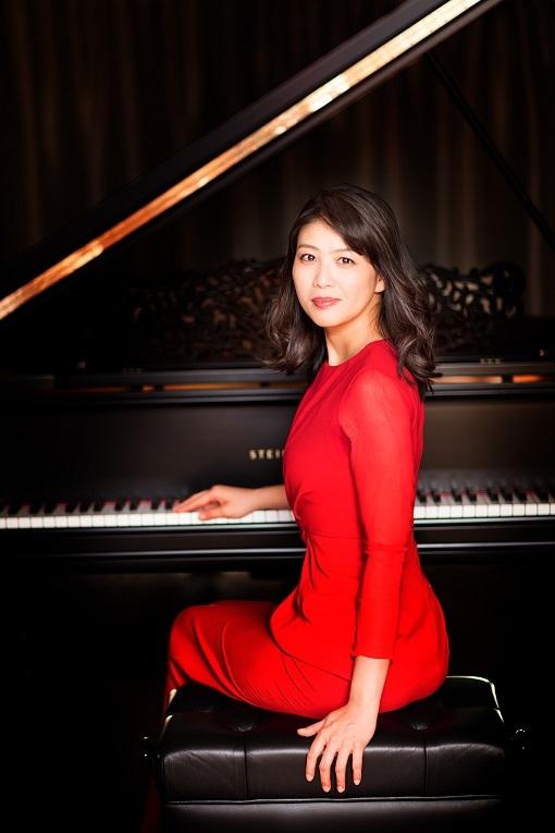 菊池洋子(ピアノ)    (C)Yuji Hori