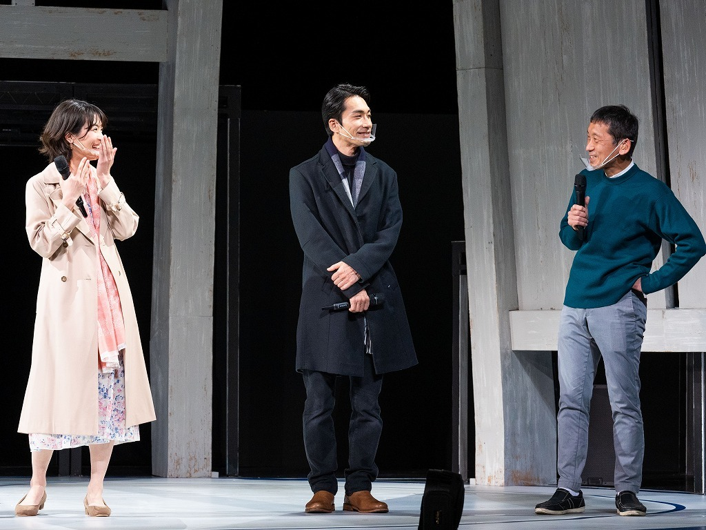 (左から)原田樹里、阿部丈二、成井豊