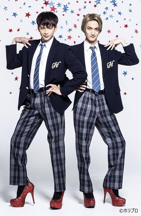 ジェイミー役(Wキャスト) 左より 森崎ウィン、高橋颯 HIRO KIMURA (C)ホリプロ