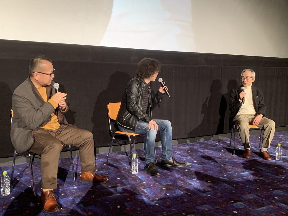 ウルトラQ談義に花が咲く三名、左は司会を務めた映画評論家・清水節氏