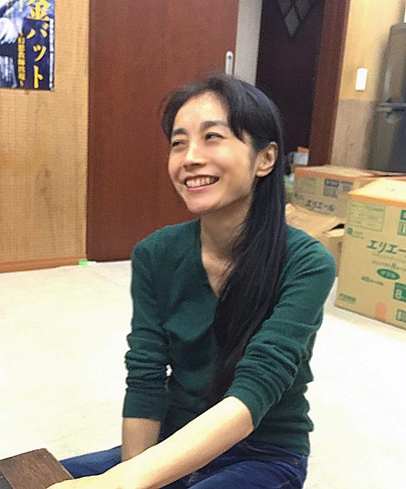 『黄金バット』でブドリを演じる藤井由紀。