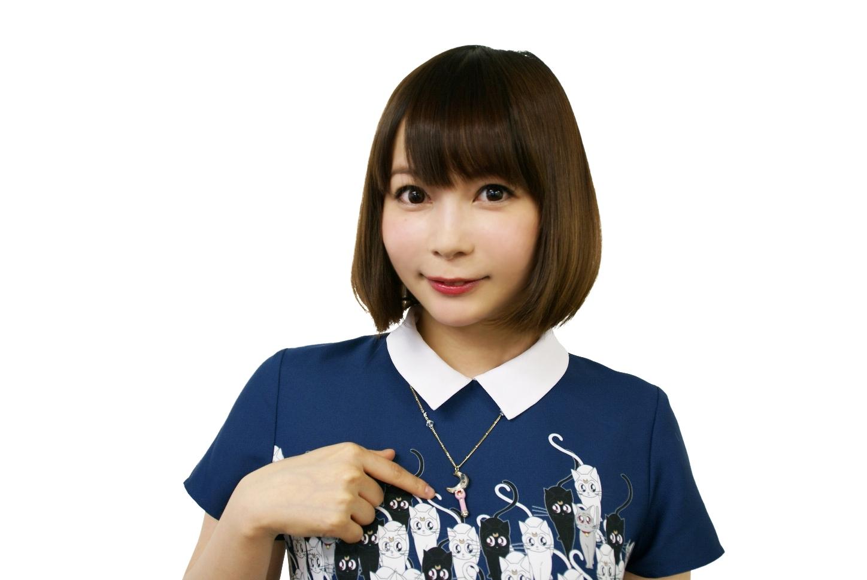 セーラームーントップスの中川翔子