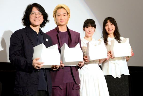 左から岩井俊二、綾野剛、黒木華、Cocco。