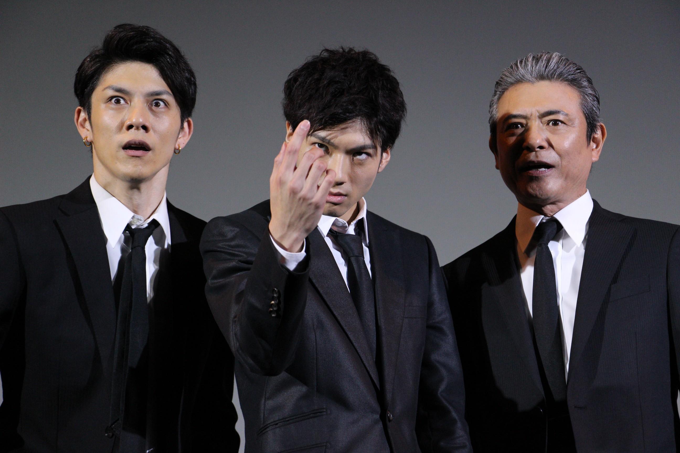 左から、青木玄徳、山田裕貴、升毅