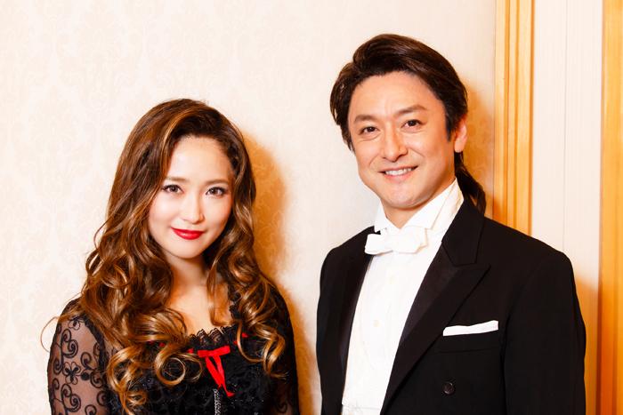 (左から)笹本玲奈、石丸幹二 (撮影:中田智章)