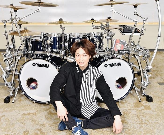 青山英樹(ドラム)