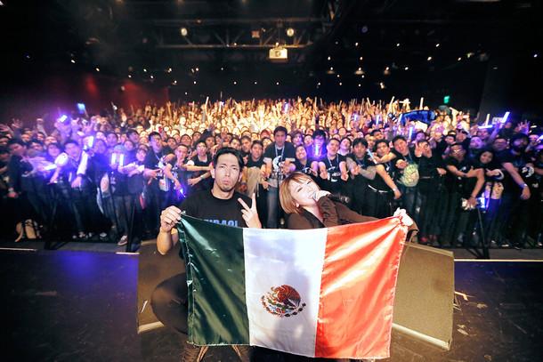 藍井エイルワールドツアー・メキシコ公演の様子。(写真提供:SME Records)