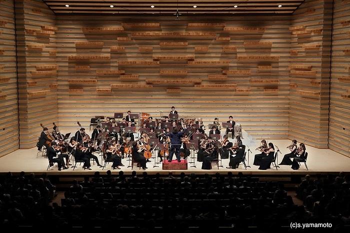 センチュリー交響楽団のもう一つの本拠地、豊中市立文化芸術センター大ホール (C)s.yamamoto