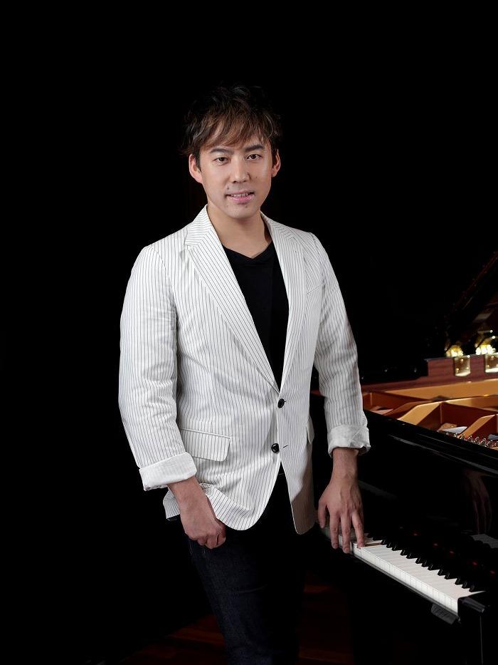 塩谷哲(ピアノ)