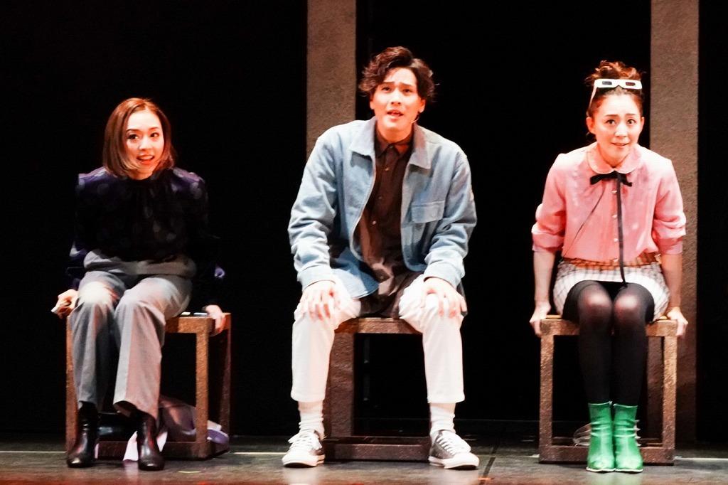 [earth](左から)愛加あゆ、木内健人、彩乃かなみ