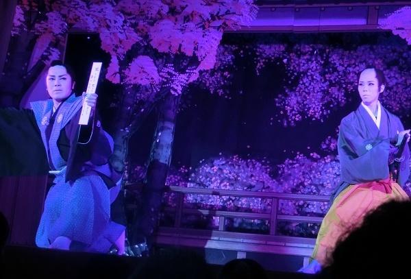 昨年の「橘劇団」による浪曲とのコラボ公演。木馬館の凝った舞台セットが光った。(2015/8/18)