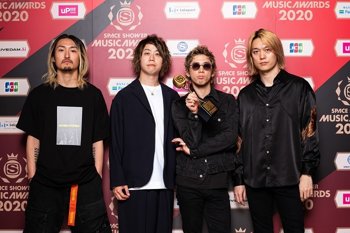 BEST GROUP ARTIST_ONE OK ROCK