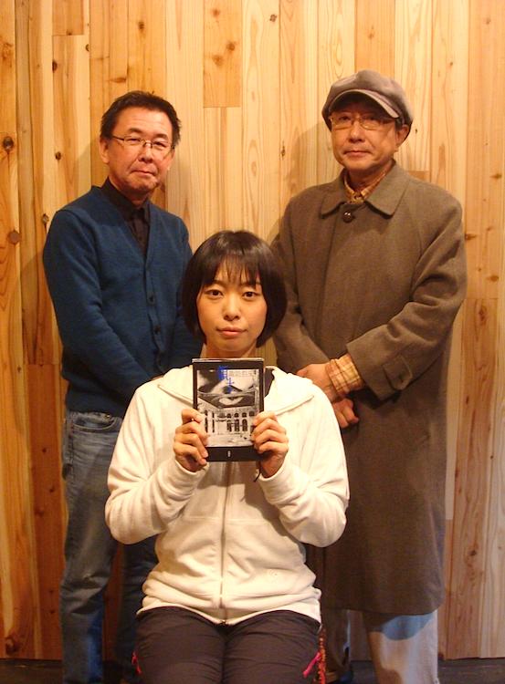 左から・加藤智宏、岡本理沙、天野天街