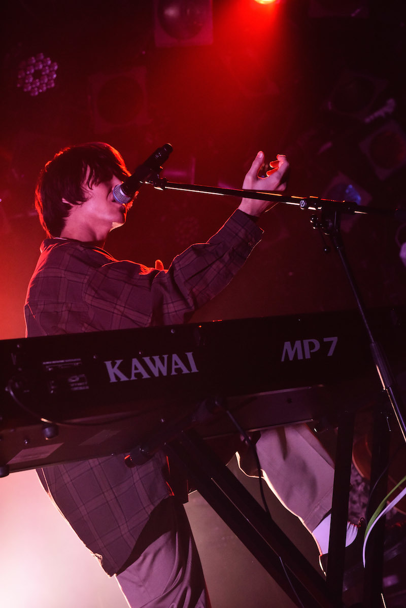 SHE'S  Photo by MASANORI FUJIKAWA
