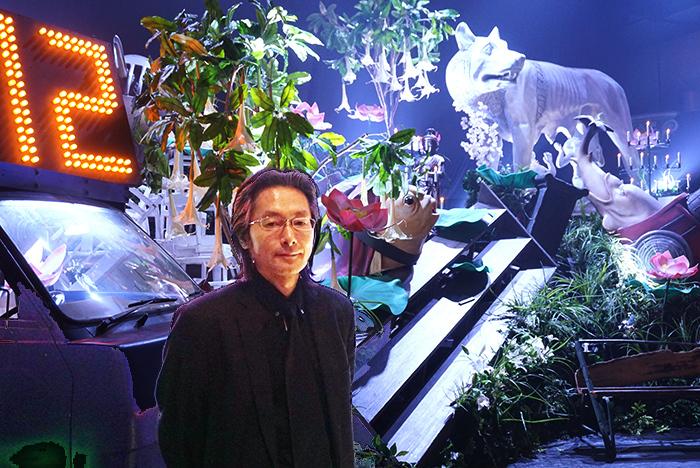 多くの蜷川演劇で舞台装置を担当してきた中越司
