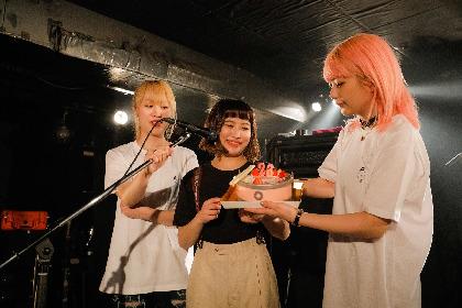 the peggies、大貫ミク(Dr.)女子大卒業記念ワンマンライブで配信EPのリリースを発表