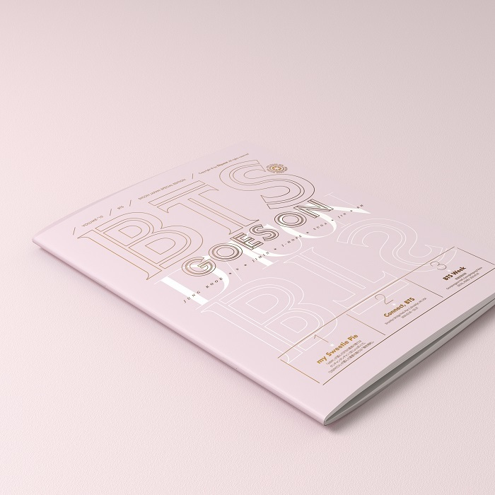 366ページの写真集(サイズ220mm×285mm)