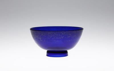藍色鉢 清時代・おそらく雍正年間(1723-35) 中国 サントリー美術館