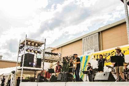 """BEGIN、リリース記念のフリーライブに4500人が集結 """"マルシャ""""のリズムで健康に"""