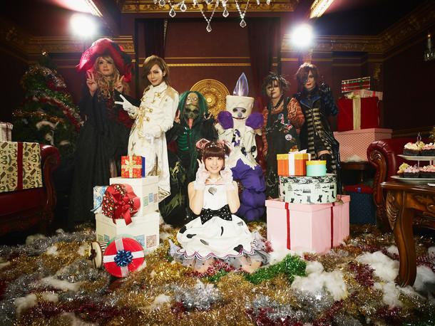 「Sweet Fantasy」ミュージックビデオ制作時のオフショット。