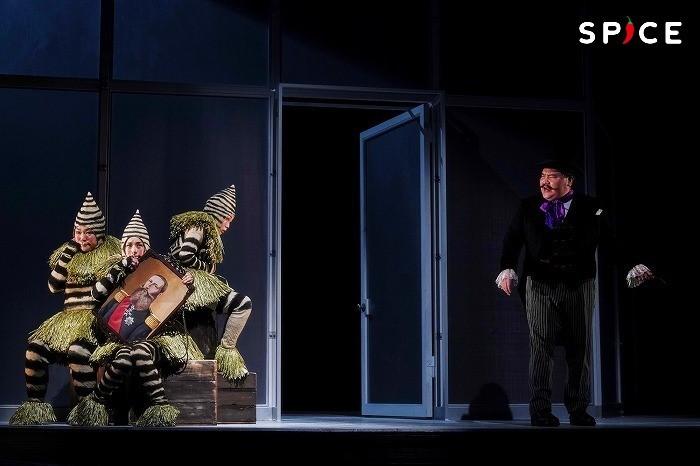 世田谷パブリックシアター×東京グローブ座『エレファント・マン』舞台写真 (撮影:細野晋司)