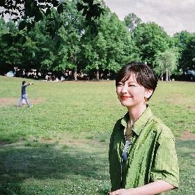 鈴木真海子、初のフルアルバムよりiriをフィーチャリングした「じゃむ(feat. iri)」を先行配信