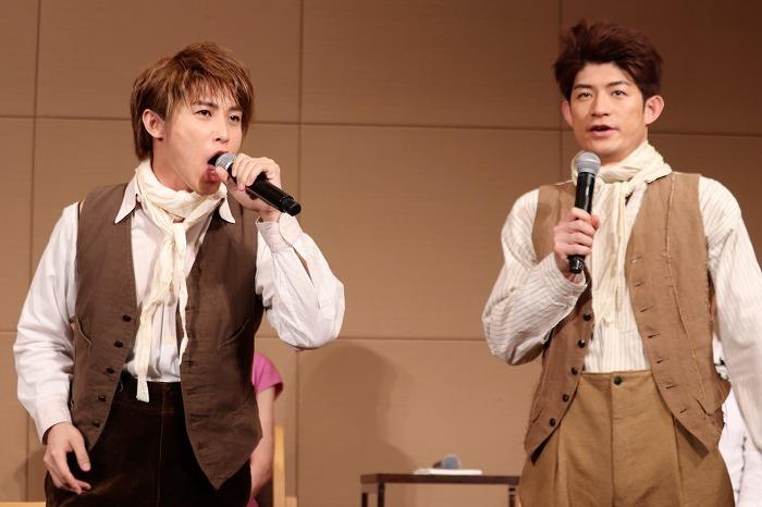 (左から)松本幸大、松崎祐介