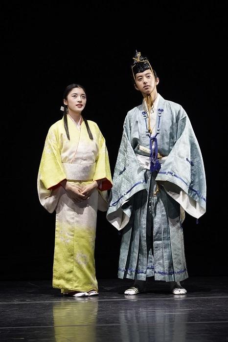 『奏劇 細川ガラシャ「月に抱かれた日」』より (左から)川井花音、三井高聡