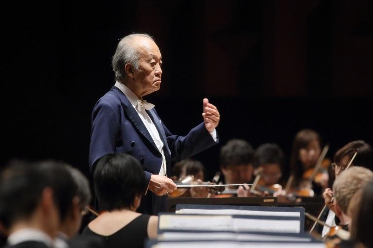 今年4月に大阪交響楽団名誉指揮者に就任した巨匠 外山雄三